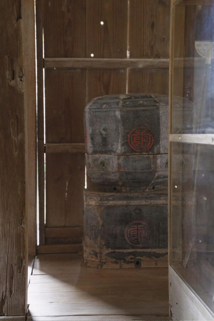 宮良殿内の小道具